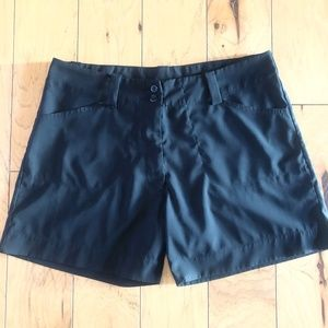 IXSPA Black Golf Short Size 6